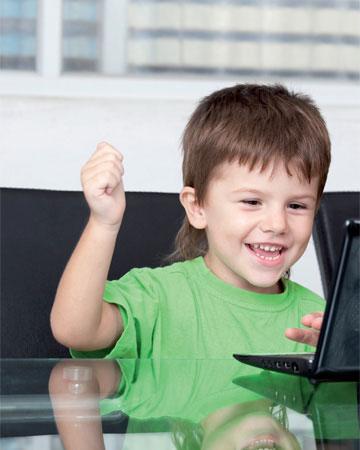 Πόσο Κολλημένο είναι το Παιδί σας στον Υπολογιστή