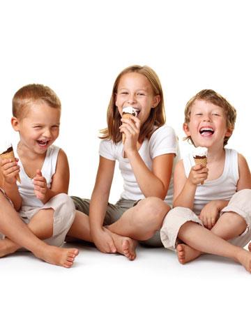Να Αφήνουμε το Παιδί μας να Τρώει Γλυκά