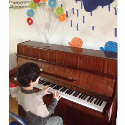 Τα παιδιά να καλύπτουν την μαγεία της μουσικής